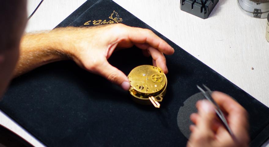 """От точки на рынке до современного бизнеса. История магазина часов """"Годинники-стиль"""""""